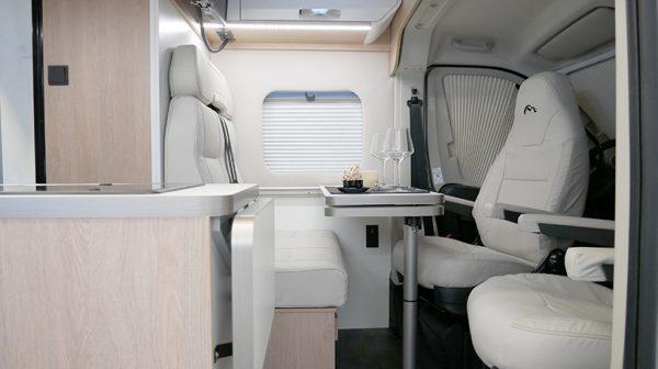 Wohnmobil kaufen neu Van 54DB Wohnbereich