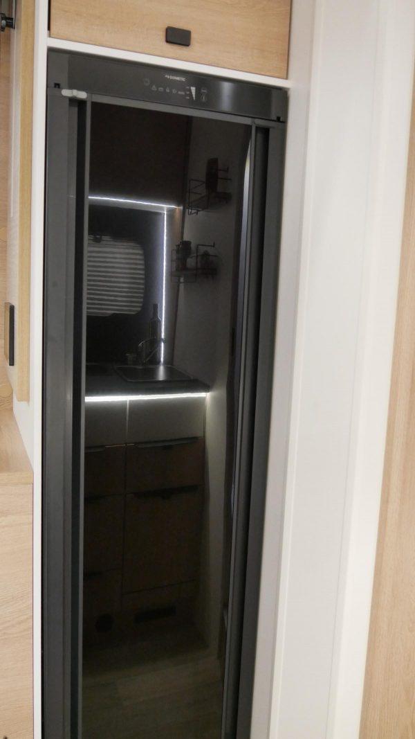 teilintegriert 70EB Kühlschrank