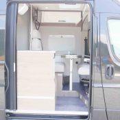 Kastenwagen Mooveo Van 54DB - Einstieg