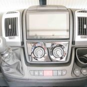 Kastenwagen Mooveo Van 54DB - Multimedia Panell