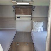 Wohnmobil-kaufen-Mooveo-TEI-74EB-Einzelbetten_02_min