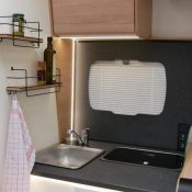 Wohnmobil kaufen neu Mooveo TEI-72EBH Ansicht Kueche